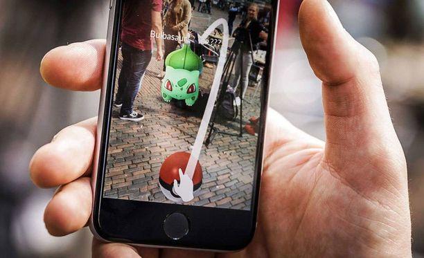 Varusmiehet saavat pelata Pokémon Go -peliä vain luvalla.