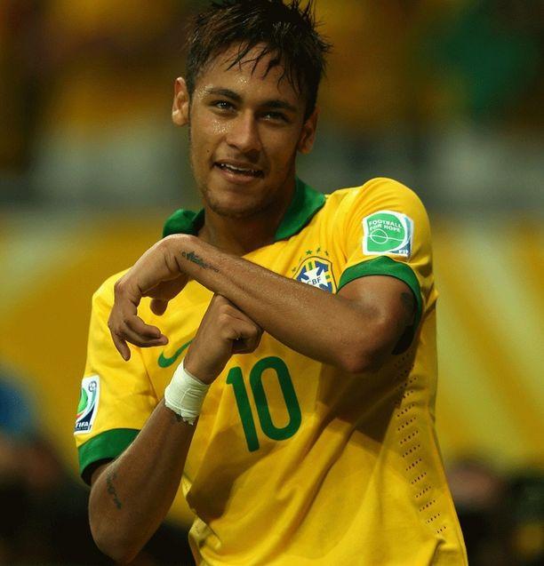 Neymar on vastannut huutoon.