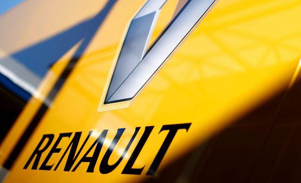 Renault palaa F1:een omalla tiimillään.