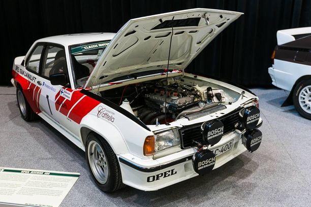 """""""Nelisatanen"""", Opel Ascona 400 vuodelta 1981."""