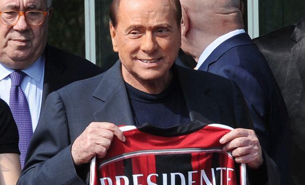 Silvio Berlusconin rahahanojen hyytyminen on vaikuttanut AC Milanin menestykseen.