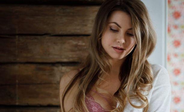 Jenna Toppari on hallitseva Miss EW 2018.