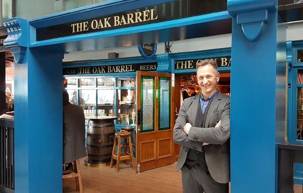 Jussi Laakso kertoo, että The Oak Barrelin somekuvat ovat lähteneet täysin asiakkaista itsestään. Pubilla ei ole omaa Insta-tiliä, mutta siitä on tuhansia kuvia netissä.