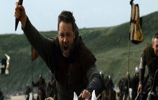 Gladiator-elokuva voitti seitsemän oscaria vuonna 2000. Paljastuskirjan mukaan Russell Crowe käyttäytyi kuvauksissa erittäin ailahtelevasti, mikä järkytti elokuvan tuotantotiimiä.