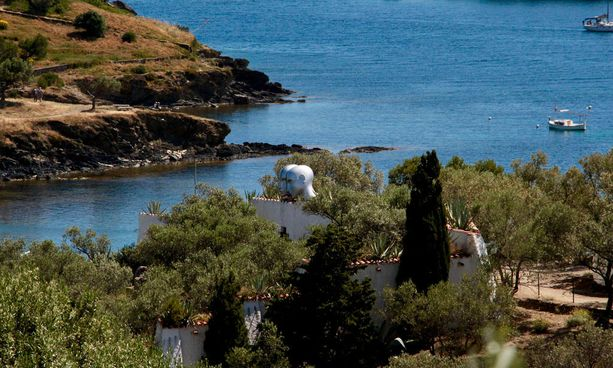 Dalin talo Cadaquesissa rannalla virkistää mielen. Piippu kiinnitä huomiota ainakaan ensimmäiseksi.