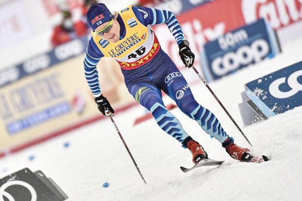 Lauri Lepistö hiihtää tällä kaudella norjalaisilla suksilla.