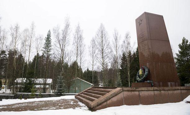 Venäläisten muistomerkki.