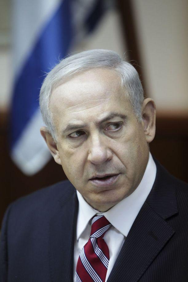 Benjamin Netanjahu on toiminut Israelin pääministerinä vuodesta 2009. Hän työskenteli maan pääministerinä myös vuosina 1996-1999.