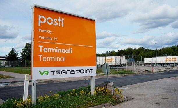 Hallitus suunnittelee Postin yksityistämistä ainakin osittain.