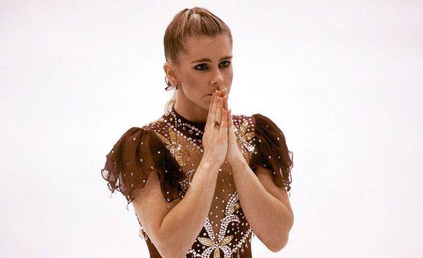 Tonya Harding järkyttyi olympiapettymyksestään Lillehammerissa 1994.