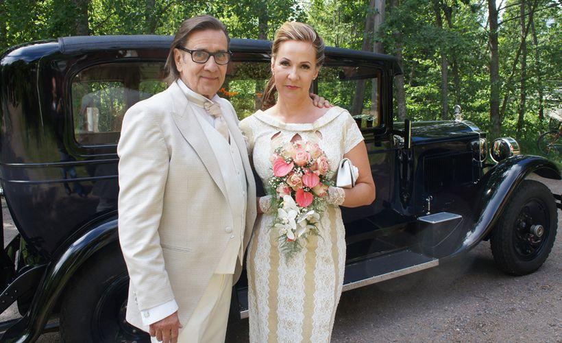 Pekka Laiho naimisiin 25 vuotta nuoremman Ailansa kanssa