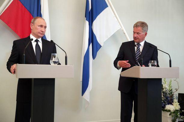 Kuva Sauli Niinistön ja Vladimir Putinin tapaamisesta Punkaharjulla kesällä 2017. Presidentit tapaavat toisensa kahdenkeskisesti jälleen ensi viikolla Pietarissa.