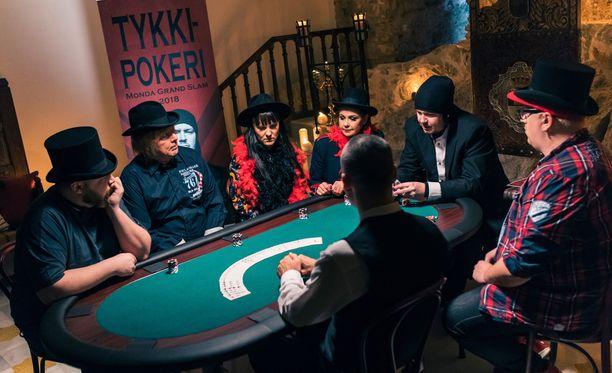Aki Tykki järjesti omana päivänään pokeriturnauksen.