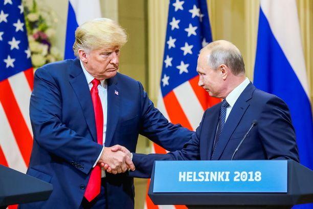 Presidentti Donald Trumpin Helsingissä pitämä tietotustilaisuus on saanut risuja myös hänen kannattajiensa joukosta.
