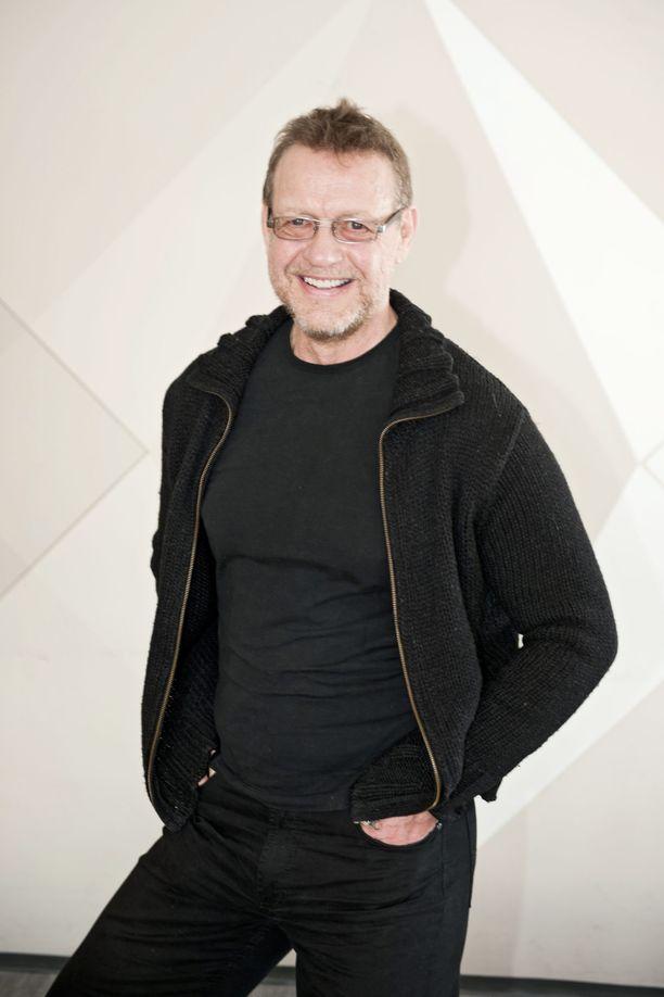 Svante Martin jäi eläkkeelle vuonna 2013. Nyt hän nauttii eläkepäivistä taiteilijana. Kuva on vuodelta 2011.