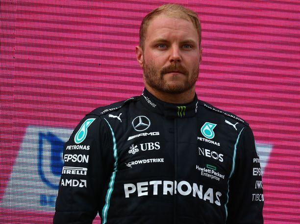 Valtteri Bottas jatkanee F1-uraansa ensi kaudella Alfa Romeolla.