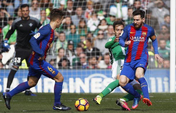 Viime viikonloppuna keskustelu epäselvistä maaleista kiihtyi Espanjassa, kun Barcelonan osuma Betisiä vastaan jäi hyväksymättä.
