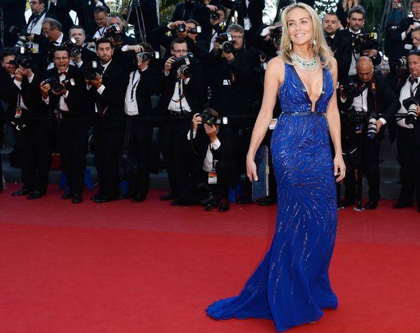 Sharon villitsi kuvaajat Cannesissa.