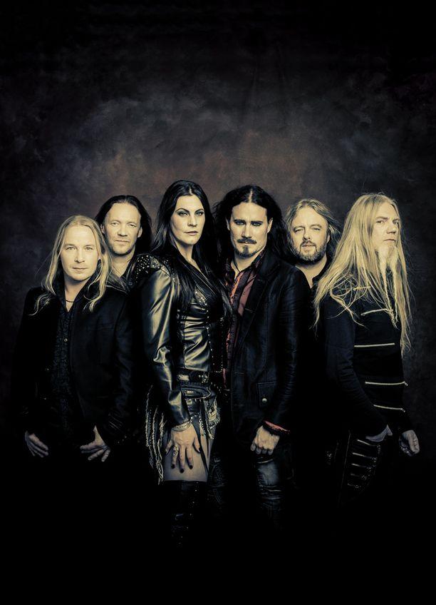 DVD:llä nähdään yhtyeen kaksi kokopitkää konserttia.