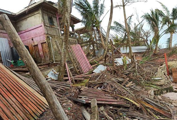 Sään ääri-ilmiöt lisääntyvät lämpötilan noustessa. Hurrikaani Iota teki tuhojaan marraskuussa Nicaraguassa.