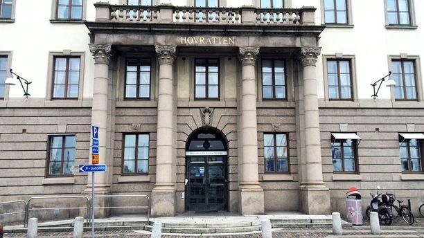 Tapausta käsiteltiin Länsi-Ruotsin hovioikeudessa Göteborgissa.