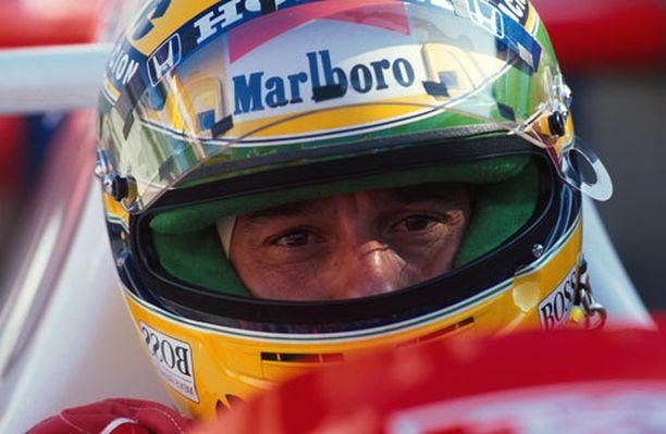 Kimi Räikkönen voi nousta Span voitoissa Ayrton Sennan (kuvassa) rinnalle.