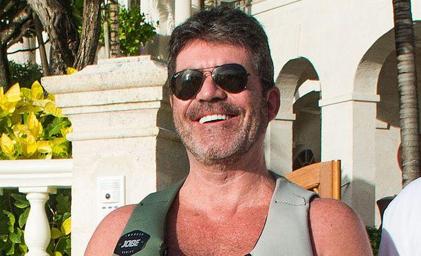 Simon Cowell on rentona lomalla.