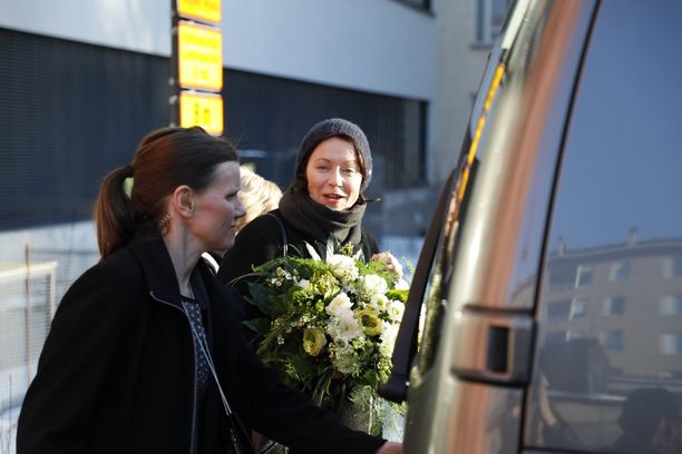 Tuore äiti rouva Jenni Haukio kertoi Iltalehdelle voivansa hyvin ja lähetti lämpimät kiitokset kaikille onnittelijoille.
