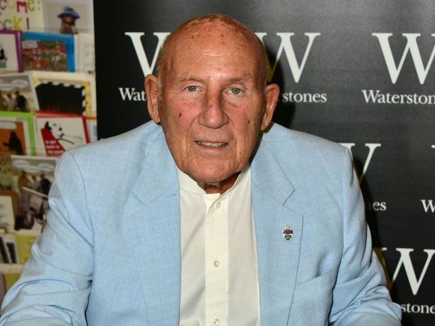 Sir Stirling Moss on poissa.