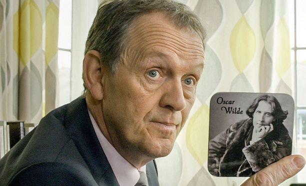 Komisario Lewis on kirjailija Colin Dexterin luoma hahmo.