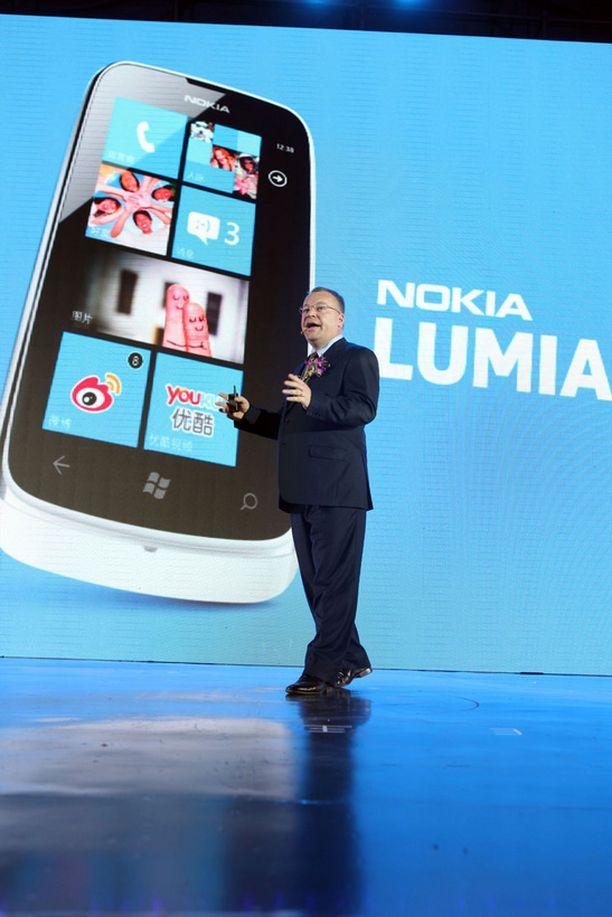 Stephen Elopin työ Nokian johdossa puhuttaa ympäri maailmaa.