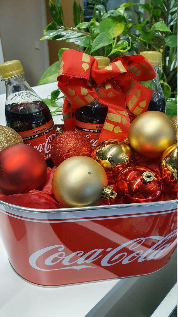 Coca-Colan joulun kausimaku on kaneli.