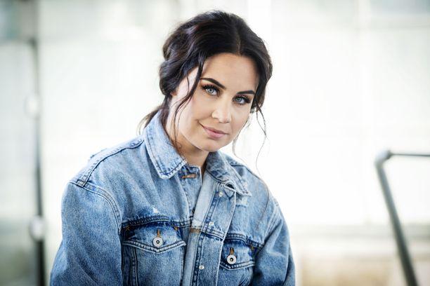Anna Abreu on pitänyt Lauri-rakkaansa kanssa yhtä jo vuodesta 2011.