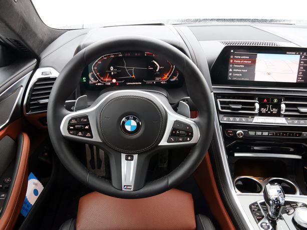 BMW:n uudessa iDrive -ohjaamossa on digitaalisuutta.