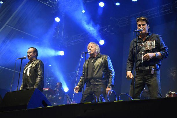 Viime vuonna Kansa, Danny ja Frederik nähtiin yhdessä esiintymislavoilla. Tässä Himoksella.