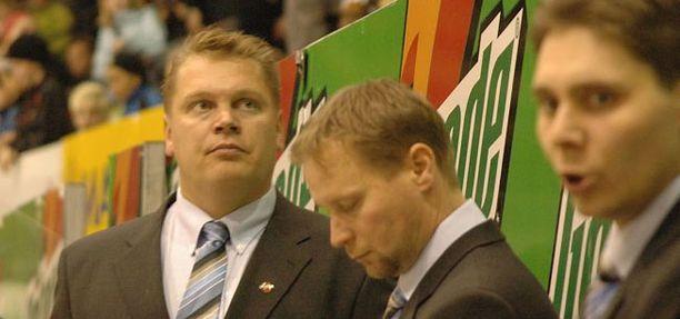 Kalpan valmennustiimi joulukuussa 2008: vasemmalta Pekka Virta, Mika Tarvainen ja Tuomas Tuokkola.