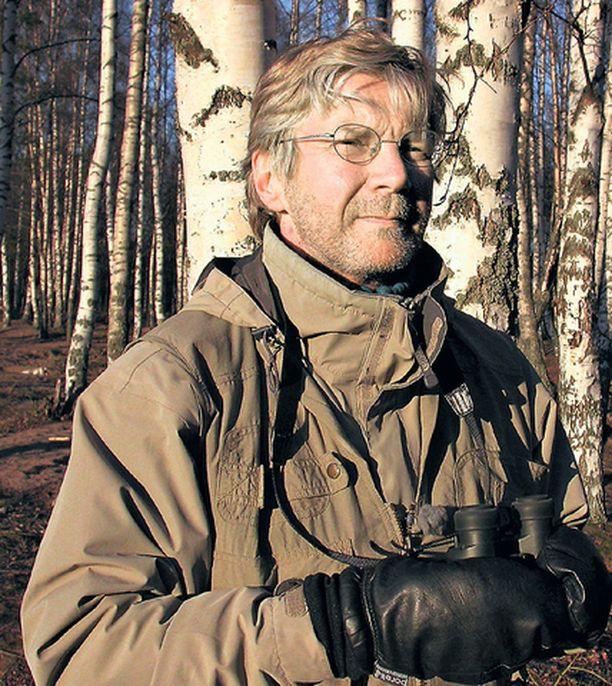 """Pirkka-Pekka Peteliukselle metsä on """"tunteiden temppeli""""."""