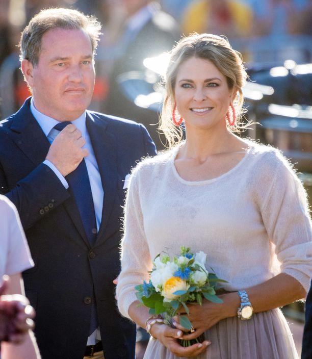 Madeleine ja Chris O'Neill perheineen muuttavat toiseen kotiin Floridassa.