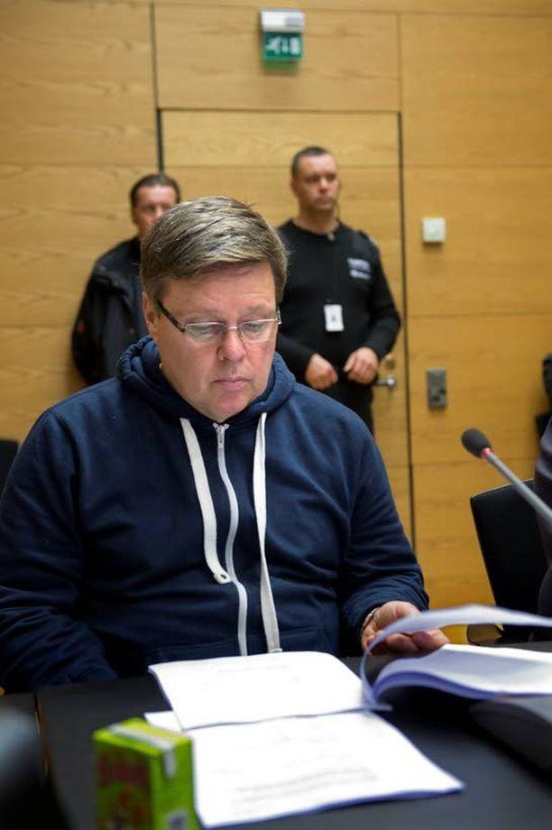 Rankoista rikoksista epäilty huumepoliisin ex-päällikkö Jari Aarnio sanoo toivovansa oikeudenkäynnistä mahdollisimman avointa ja julkista.
