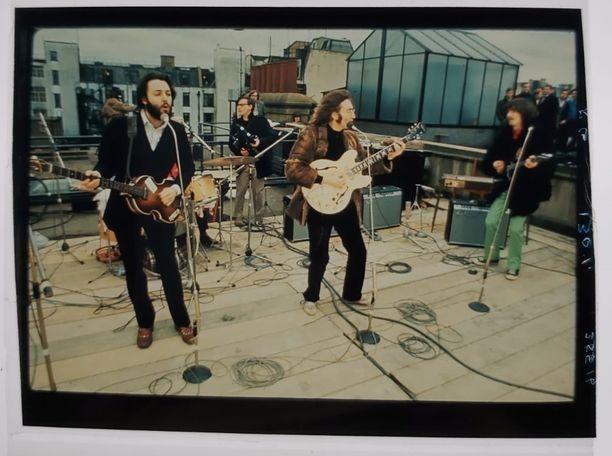Beatlesin esiintyminen Apple Records -talon katolla Lontoon Savile Row'lla vuonna 1969 oli yhtyeen viimeinen esiintyminen yhdessä.