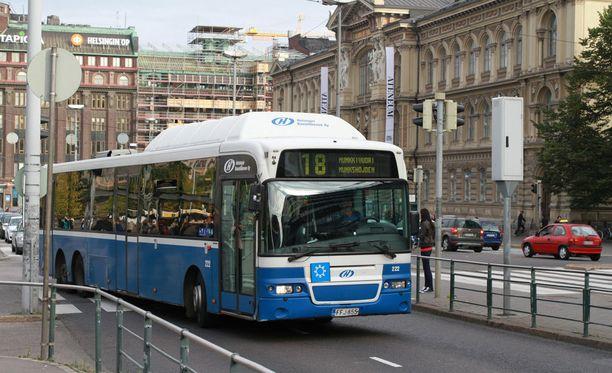 Viime kesäkuussa käyttöönotettu, 60 miljoonaa euroa maksanut järjestelmä on kuljettajien mukaan johtanut siihen, että vuorot ovat jatkuvasti myöhässä ja matkustajat vihaisia. Arkistokuva.