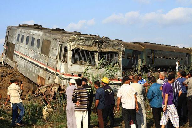 Onnettomuus tapahtui Aleksandrian ja Kairon välisellä reitillä Khorshidin aseman läheisyydessä.