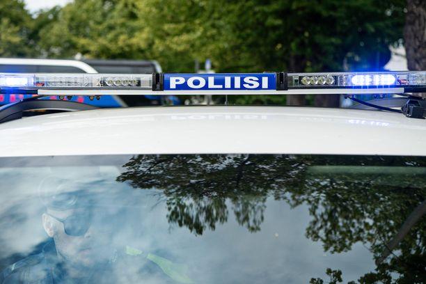 Poliisi tutkii Siikajoella sattunutta kuolonturmaa. Arkistokuva.