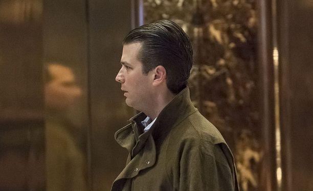 Donald Trump Jr. sai sähköpostitse tiedon Venäjän halusta auttaa hänen isänsä vaalikampanjaa.