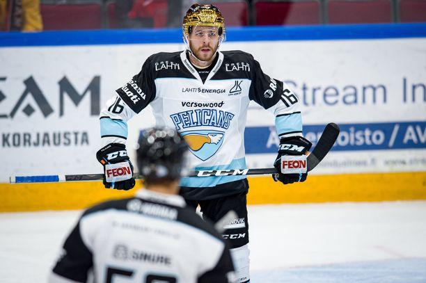 János Hárin aika Lahdessa jäi lyhyeksi. Lokakuussa hän kantoi joukkueessa vielä kultakypärää.