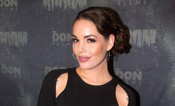Triana Iglesias on Mikael Gabrielin kihlattu.