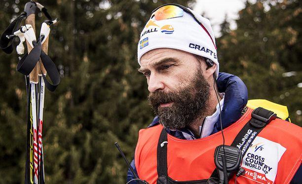 Ruotsin hiihtomaajoukkueen lääkäri Per Andersson vaatii parempia todisteita ennen kuin urheilijoita aletaan tuomita dopingin käyttäjiksi.