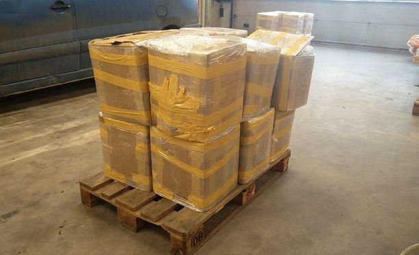 Jättimäinen salakuljetus paljastui, kun Tulli takavarikoi 690 kilon lähetyksen.