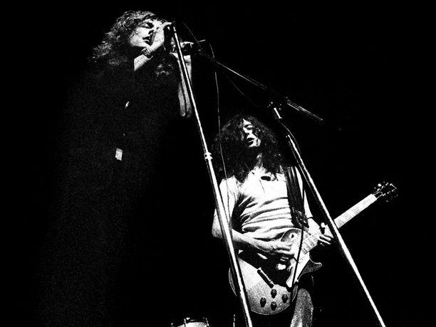 Robert Plantin (vas.) ja Jimmy Pagen lavatyöskentelyä vuodelta 1969
