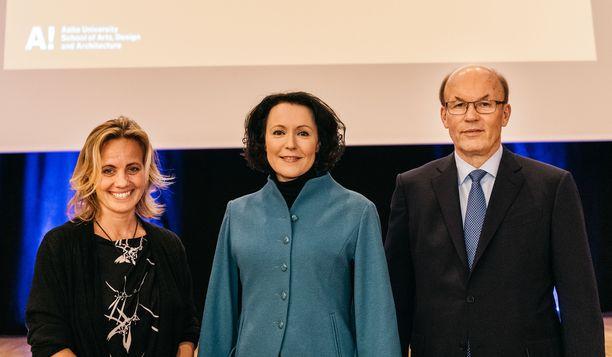 Anita Lehikoinen, Jenni Haukio ja Matti Alahuhta saivat arvostetun tunnustuksen.
